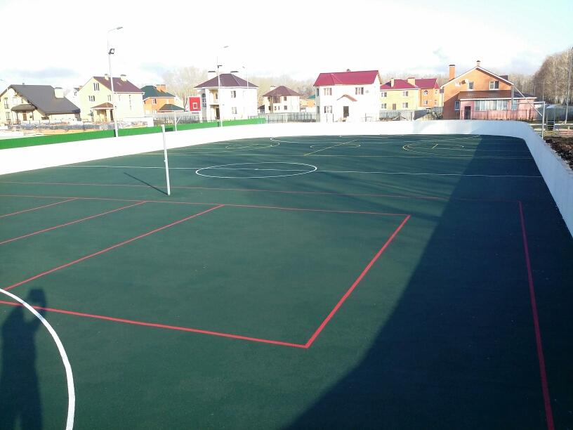 Современная спорт площадка из резиновой крошки и каучука в Рязани