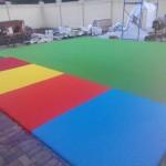 Разноцветное резиновое покрытие
