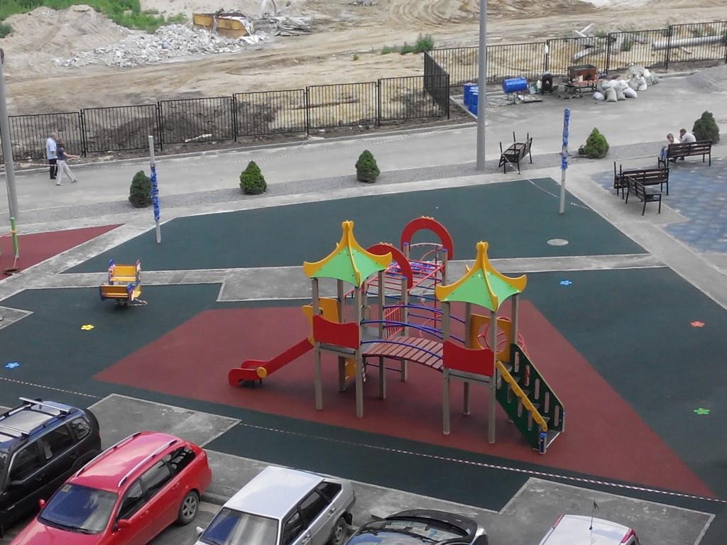 Резиновое покрытие площадки в Рязани Шевченко 82